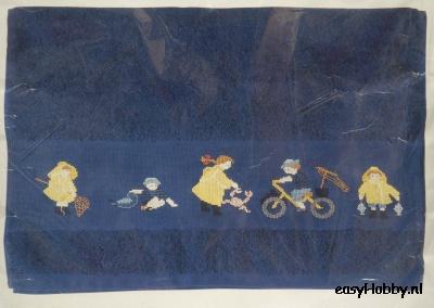 Handdoek kinderen in de regen (navy)