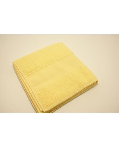 Handdoek 50 x 100 cm  kleur  zacht geel