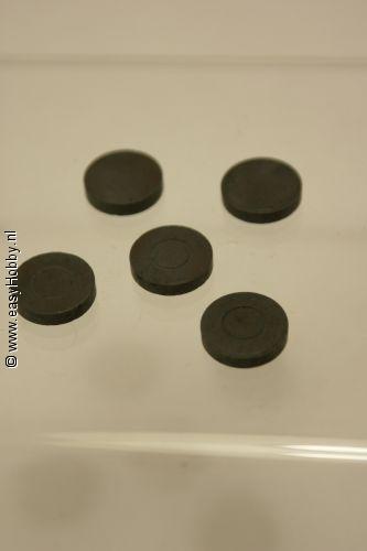 Magneet 3x14mm. 5 stuks