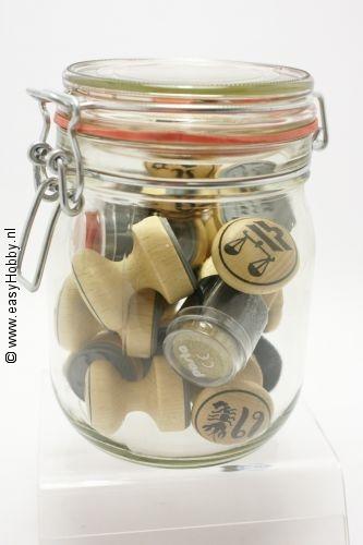 Stempels sterrenbeelden in glazen pot
